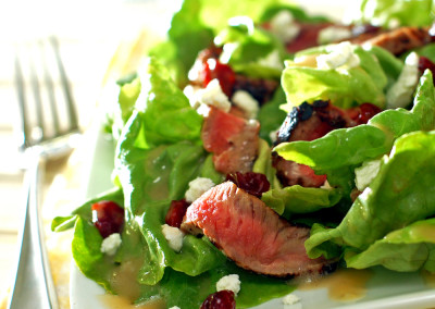 Mediterranean Steak Salad With Lemon Vinaigrette